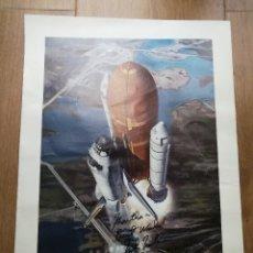 Coleccionismo deportivo: POSTER DEL TRASBORDADOR DISCOVERY CON DEDICATORIA Y AUTÓGRAFO DEL ASTRONAUTA MIKE MULLANE. NASA, USA. Lote 111241755
