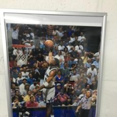 Coleccionismo deportivo: FOTO DE ANFERNEE HARDAWAY FIRMADA CON LOS ORLANDO MAGIC. Lote 115354755
