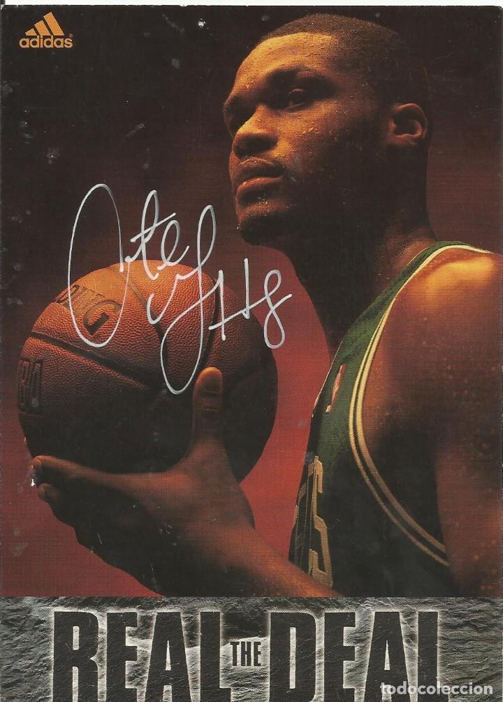 AUTÓGRAFO ORIGINAL DE ANTOINE WALKER. 18X13 CM. HAND SIGNED. AUTOGRAPH. CELTICS. NBA. ADIDAS. (Coleccionismo Deportivo - Documentos de Deportes - Autógrafos)