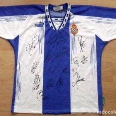 Coleccionismo deportivo: CAMISETA FUTBOL R.C.D. ESPANYOL. 16 AUTÓGRAFOS PLANTILLA 2005-2006. JARQUE, TAMUDO, DE LA PEÑA...... Lote 136049662