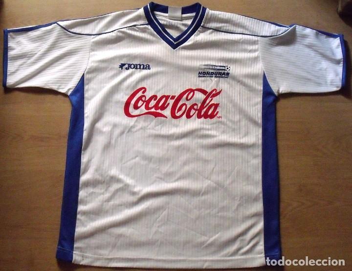CAMISETA HONDURAS 24 AUTÓGRAFOS FIRMAS SELECCIÓN FUTBOL JOMA SERIGRAFIADAS L 2000-2001. AUTOGRAPHS (Coleccionismo Deportivo - Documentos de Deportes - Autógrafos)