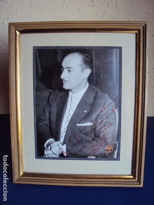 (F-181067)FOTOGRAFIA CON AUTOGRAFO PRESIDENTE DEL C.F.BARCELONA ENRIC LLAUDET 7-6-1961 (Coleccionismo Deportivo - Documentos de Deportes - Autógrafos)