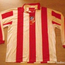 Coleccionismo deportivo: CAMISETA FUTBOL ATLÉTICO DE MADRID. AUTÓGRAFO FIRMA DEDICADA FERNANDO TORRES. NIKE XL. CENTENARIO. . Lote 140488970