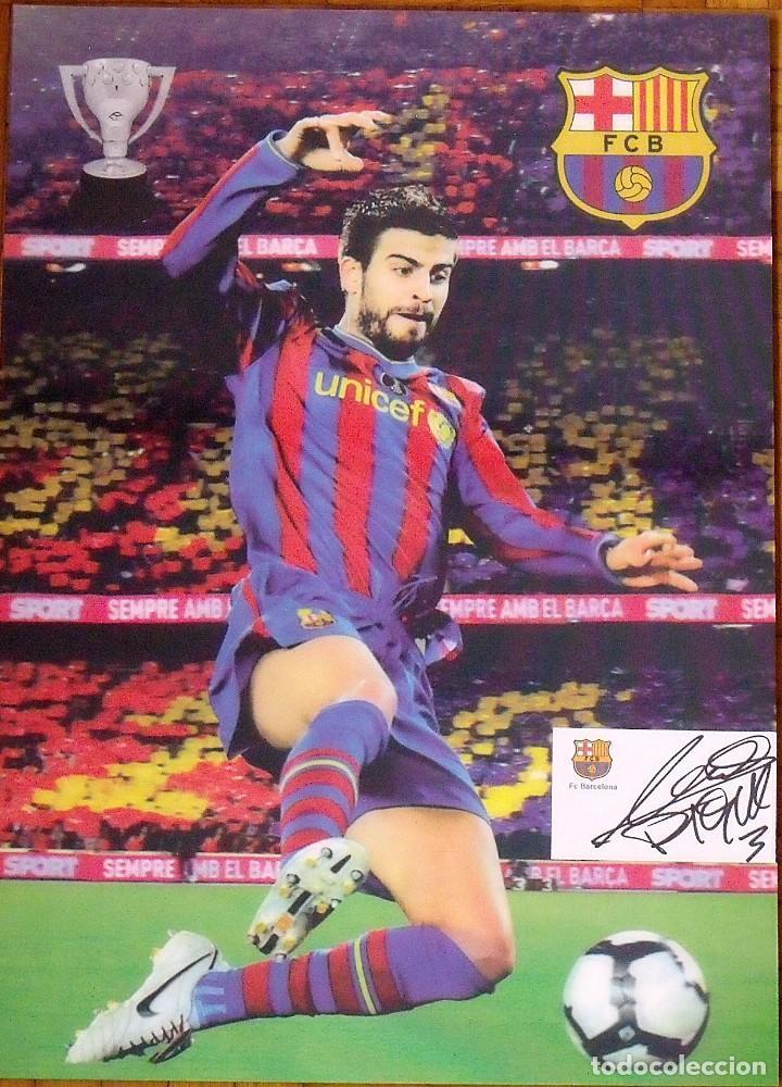Coleccionismo deportivo: POSTER EN 3D CON TARJETA F.C.BARCELONA PEGADA Y AUTÓGRAFO, FIRMA DE GERARD PIQUÉ. 42X30 CM. - Foto 2 - 144117542