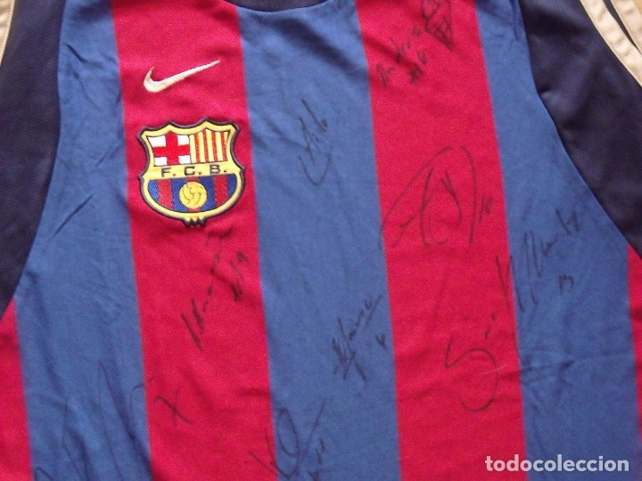 Coleccionismo deportivo: CAMISETA F.C.BARCELONA. BALONCESTO 2001-2002 14 AUTÓGRAFOS. NIKE. XL. JASIKEVICIUS, NAVARRO... - Foto 13 - 136754146