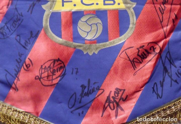 Coleccionismo deportivo: F.C.BARCELONA. BANDERÍN 19 AUTÓGRAFOS BALONMANO 1990-91. FIRMAS: VUJOVIC, URDANGARIN, MASIP, RIVERA. - Foto 8 - 145164238