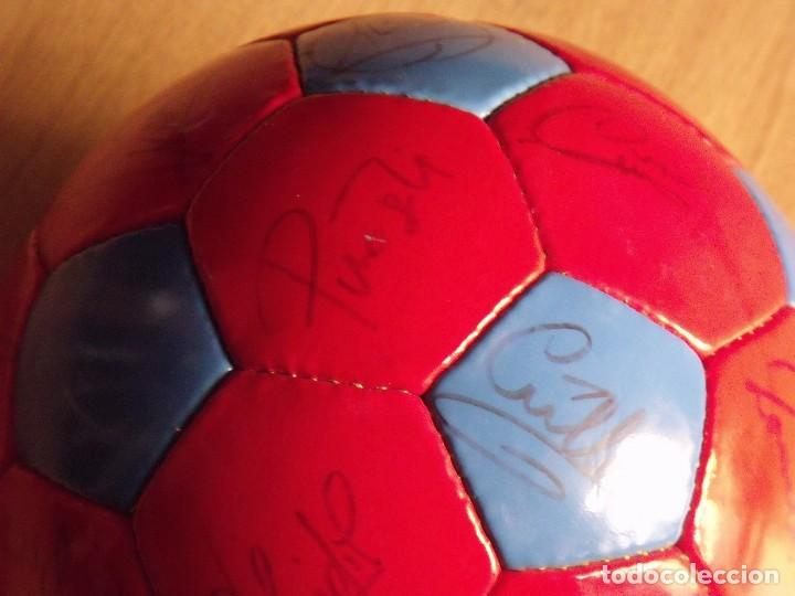Coleccionismo deportivo: BALÓN, PELOTA F. C. BARCELONA 1996-97. 22 AUTÓGRAFOS, FIRMAS: RONALDO, FIGO, STOICHkOV, GUARDIOLA... - Foto 14 - 145165630