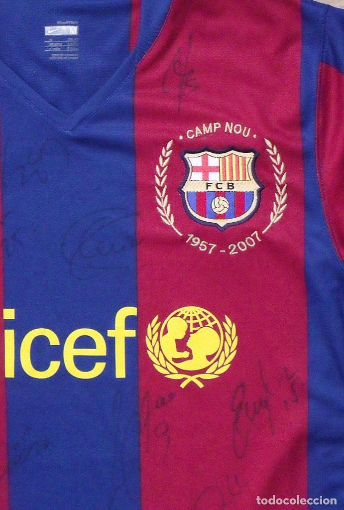 Coleccionismo deportivo: CAMISETA F.C. BARCELONA. 19 AUTÓGRAFOS PLANTILLA 2007-2008: RONALDINHO, ETOO, HENRY, ABIDAL, XAVI. - Foto 5 - 147334038