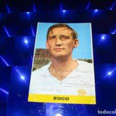 Coleccionismo deportivo: POSTAL ZOCO - REAL MADRID - 36 - FOTO: SEGUI - DEDICATORIA Y FIRMA DE IGNACIO ZOCO - FECHADA 28-8-74. Lote 150628254