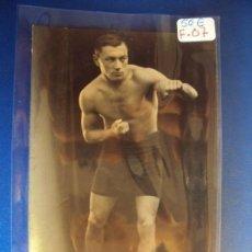 Coleccionismo deportivo: (F-07)FOTOGRAFIA BOXEADOR DEDICADA A JOE LA ROE. Lote 151191970