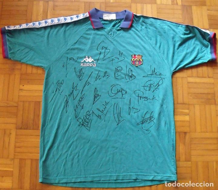 Coleccionismo deportivo: Camiseta F.C.Barcelona 1995-96. Kappa XL. 20 autógrafos, firmas: Figo, Guardiola, Nadal, Sergi..... - Foto 2 - 160405714