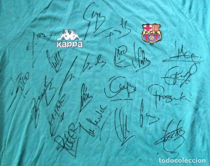 Coleccionismo deportivo: Camiseta F.C.Barcelona 1995-96. Kappa XL. 20 autógrafos, firmas: Figo, Guardiola, Nadal, Sergi..... - Foto 3 - 160405714