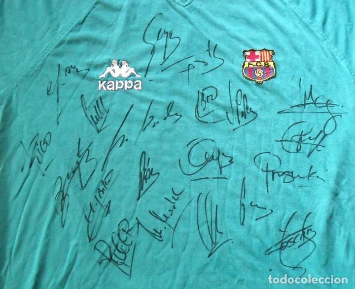 Coleccionismo deportivo: Camiseta F.C.Barcelona 1995-96. Kappa XL. 20 autógrafos, firmas: Figo, Guardiola, Nadal, Sergi..... - Foto 4 - 160405714