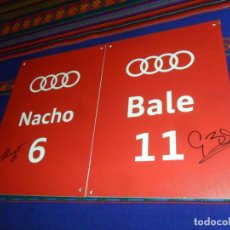 Coleccionismo deportivo: AUTÓGRAFO REAL MADRID GARETH BALE Y NACHO. METACRILATO 34.5X24,5 CMS. ENTREGA COCHES OFICIALES AUDI.. Lote 167799640