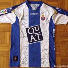 Coleccionismo deportivo: CAMISETA R.C.D. ESPANYOL FIRMADA, 22 AUTÓGRAFOS PLANTILLA 2007-2008. TAMUDO, JARQUE, SERGIO GARCÍA,. Lote 168941260