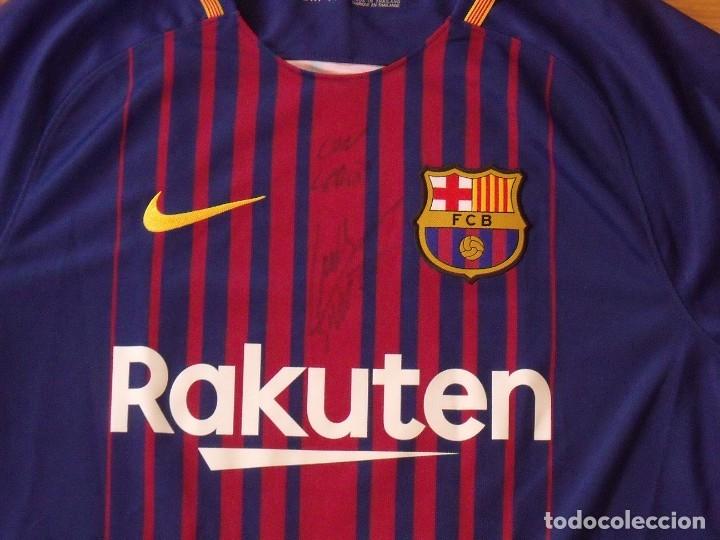 Coleccionismo deportivo: Camiseta F.C. Barcelona. Autógrafo, firma Luis Suárez. Campus 17 Nike. M. Rakuten. Lote 3 camisetas. - Foto 3 - 174140603