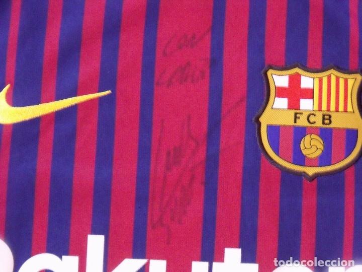 Coleccionismo deportivo: Camiseta F.C. Barcelona. Autógrafo, firma Luis Suárez. Campus 17 Nike. M. Rakuten. Lote 3 camisetas. - Foto 4 - 174140603
