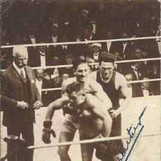 Coleccionismo deportivo: GEORGES CARPENTIER. AUTÓGRAFO, FIRMA ORIGINAL. POSTAL CAMPEONATO DE EUROPA BOXEO. 1919.. Lote 176448672