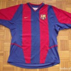 Coleccionismo deportivo: CAMISETA F.C. BARCELONA 2009-2010. 16 AUTÓGRAFOS: MESSI, XAVI, INIESTA, PIQUÉ, VILLA, PUYOL, PEDRO... Lote 181007398