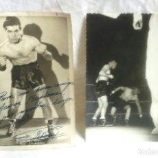 Coleccionismo deportivo: 2 FOTOGRAFIAS BOXEADOR FRED GALIANA CAMPEÓN DE EUROPA PLUMA AÑOS 50, UNA FIRMADA Y DEDICADA. Lote 189984592
