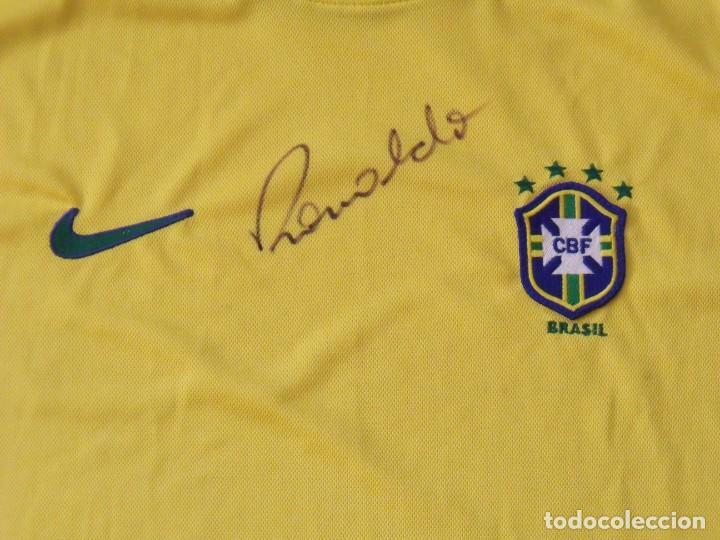 Coleccionismo deportivo: Camiseta Brasil. Firma, autógrafo Ronaldo. Ronaldo Luis Nazário de Lima. Nueva. Nike. Original. - Foto 2 - 194560727