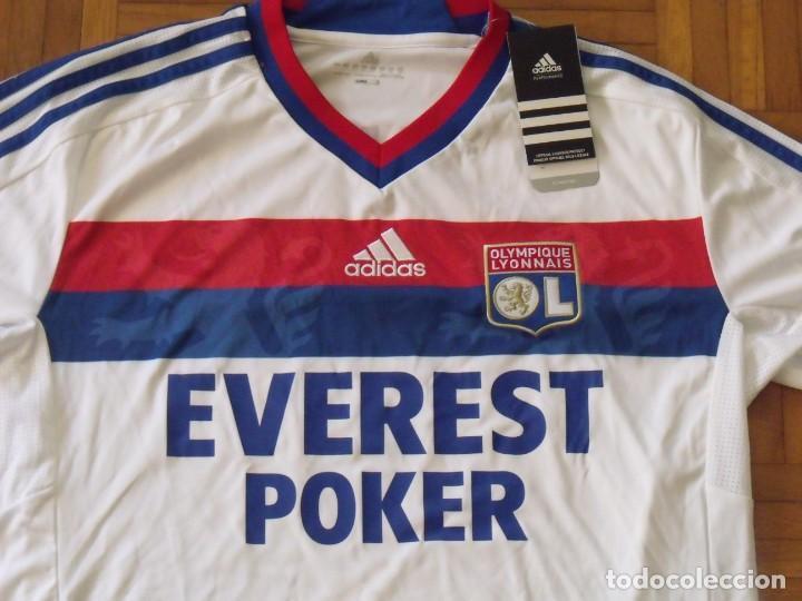 Coleccionismo deportivo: Camiseta Olympique Lyon. Autógrafo, firma Lisandro. Talla L. Nueva con etiquetas. Adidas. 2011-12. - Foto 5 - 194561481