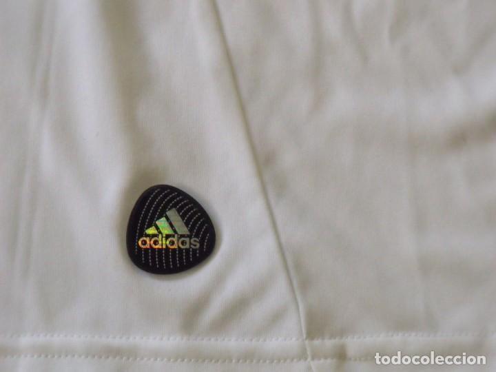 Coleccionismo deportivo: Camiseta Olympique Lyon. Autógrafo, firma Lisandro. Talla L. Nueva con etiquetas. Adidas. 2011-12. - Foto 7 - 194561481