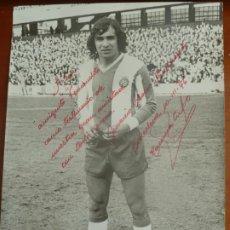 Coleccionismo deportivo: OSORIO REAL CLUB DEPORTIVO ESPAÑOL FOTO ORIGINAL ANTIGUA CON AUTOGRAFO FOTO SEGUI. Lote 195389196