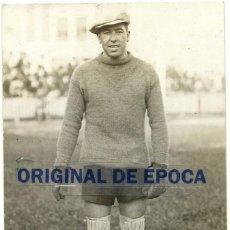 Coleccionismo deportivo: (F-200378)FOTOGRAFIA DEDICADA DE CRISTOFOR SOLA COLL PORTERO F.C.BARCELONA FOOT-BALL 1930. Lote 196365882