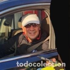 Coleccionismo deportivo: ATLÉTICO DE MADRID, GUANTE FIRMADO MONO BURGOS. Lote 205539780