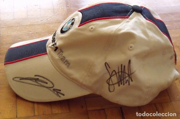 Coleccionismo deportivo: Gorra BMW Sauber. Fórmula 1. España 2007. Autógrafos Sebastian Vettel, Robert Kubica y Nick Heidfeld - Foto 3 - 207817418