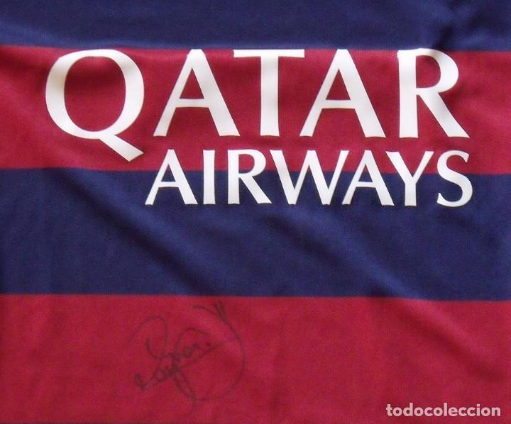 Coleccionismo deportivo: Neymar. Autógrafo, firma original, autograph. F.C. Barcelona. Camiseta UNICEF Nike oficial XL. Qatar - Foto 2 - 216355637