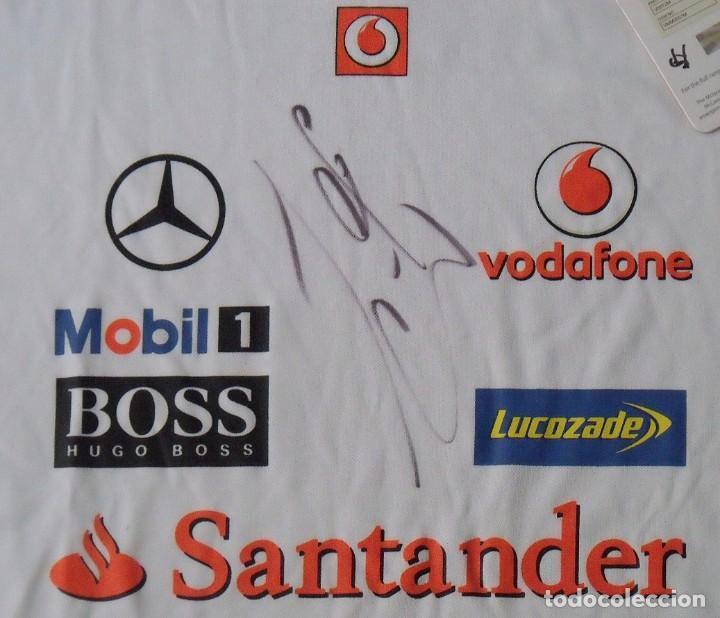 Coleccionismo deportivo: Camiseta Mercedes McLaren Fórmula 1. Autógrafos de Jenson Button Kevin Magnussen. Autographs. 2014. - Foto 4 - 217358417