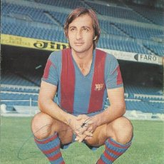 Coleccionismo deportivo: AUTÓGRAFO, FIRMA ORIGINAL COSTAS. PROGRAMA OFICIAL F. C. BARCELONA. REAL OVIEDO. 1975.. Lote 221700502