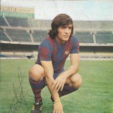 Coleccionismo deportivo: AUTÓGRAFO, FIRMA ORIGINAL HEREDIA. PROGRAMA OFICIAL F. C. BARCELONA. REAL SOCIEDAD. 1975.. Lote 221704107