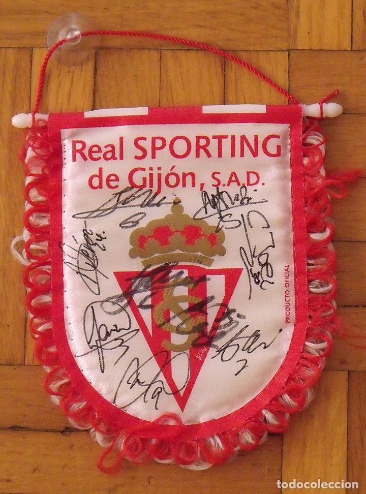 Coleccionismo deportivo: Real Sporting de Gijón. 2020-21. 17 autógrafos, autographs, firmas originales. Banderín oficial. - Foto 3 - 224463585