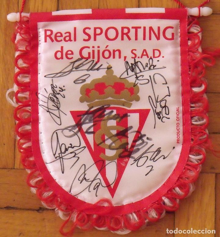 Coleccionismo deportivo: Real Sporting de Gijón. 2020-21. 17 autógrafos, autographs, firmas originales. Banderín oficial. - Foto 4 - 224463585