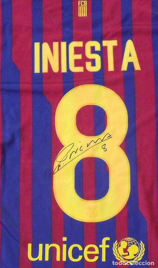 Coleccionismo deportivo: Camiseta F. C. Barcelona. Firma original, autógrafo Andrés Iniesta. Nike. Qatar Foundation. XL. - Foto 2 - 228455270