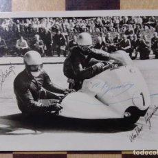 Coleccionismo deportivo: POSTAL FIRMA ORIGINAL WALTER SCHNEIDER MOTO SIDECAR BMW 1958-59. Lote 232500312