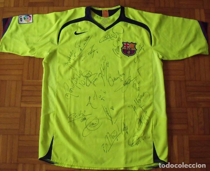 CAMISETA FUTBOL F. C. BARCELONA 2005-2006 20 AUTÓGRAFOS RONALDINHO, MESSI, XAVI, INIESTA, PUYOL DECO (Coleccionismo Deportivo - Documentos de Deportes - Autógrafos)