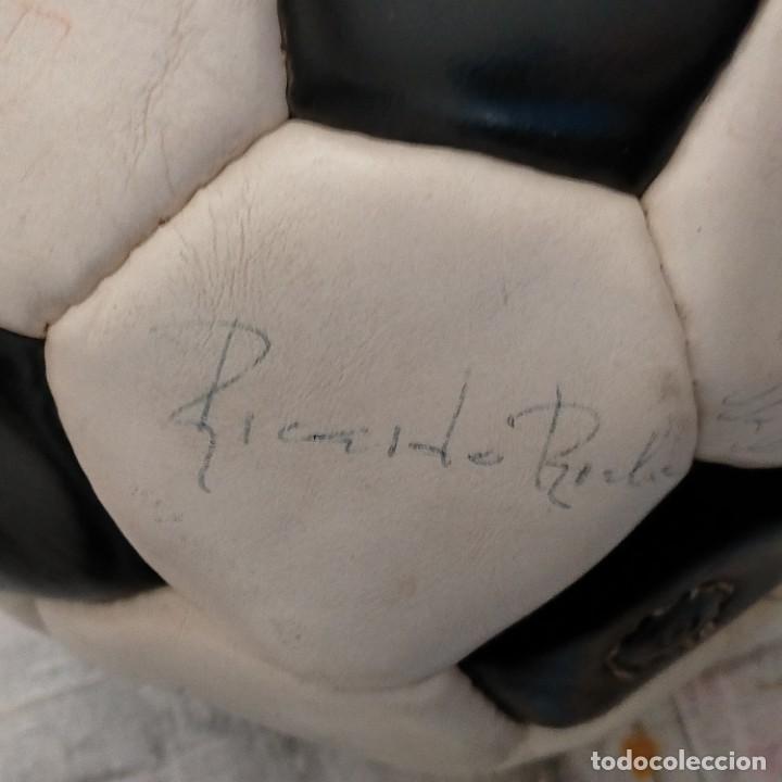 Coleccionismo deportivo: REAL MADRID, QUINTA DEL BUITRE, BALÓN FIRMADO.(Butragueño, Hugo Sanchez, Gordillo - Foto 16 - 242190065