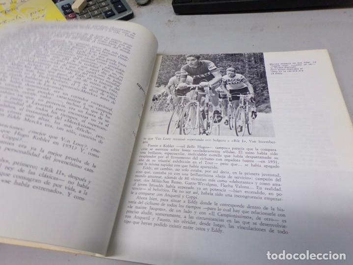 Coleccionismo deportivo: autografo eddy merckx y otros ciclistas ciclismo de la epoca con su libro tour de francia giro vuelt - Foto 11 - 242340760