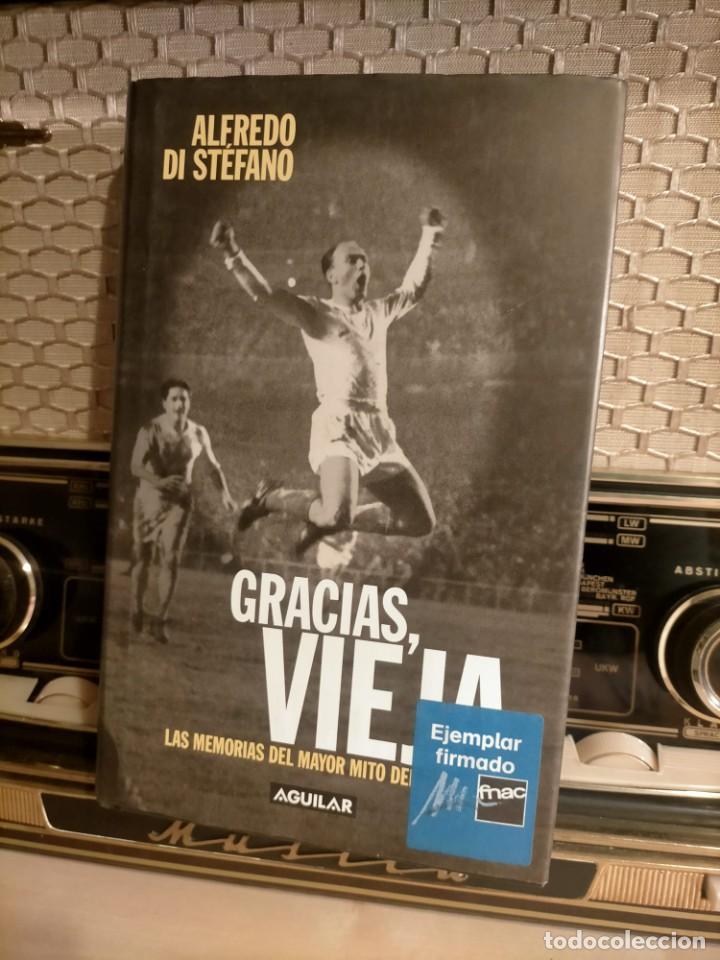 Coleccionismo deportivo: ALFREDO DI STÉFANO BOOK HAND SIGNED AUTOGRAPH REAL MADRID ORIGINAL AUTOGRAFO FIRMADO A MANO - Foto 4 - 244410145