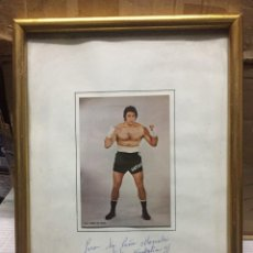 Coleccionismo deportivo: CUADRO BOXEO FOTO FOTOGRAFIA JOSE MANUEL URTAIN CON FIRMA AUTOGRAFO DEDICADO PEÑA LA MOVIOLA 1979. Lote 245275340