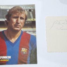 Coleccionismo deportivo: AUTÓGRAFO ORIGINAL ( CHARLY REXACH ) MÁS FOTO POSTAL F.C. BARCELONA. VER FOTOS.. Lote 245973340