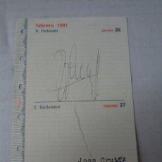 Coleccionismo deportivo: AUTOGRAFO ORIGINAL DEL JUGADOR DE HOLANDA Y EL BARCELONA - JOHAN CRUYFF ( 1981). Lote 254543555