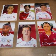 Coleccionismo deportivo: LOTE FOTOGRAFÍAS FIRMADAS SEVILLA F.C. FUTBOL CLUB. Lote 257439145