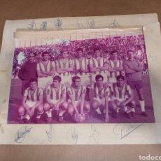 Coleccionismo deportivo: ANTIGUA FOTOGRAFÍA CÓRDOBA C.F. FIRMADA. Lote 257442470