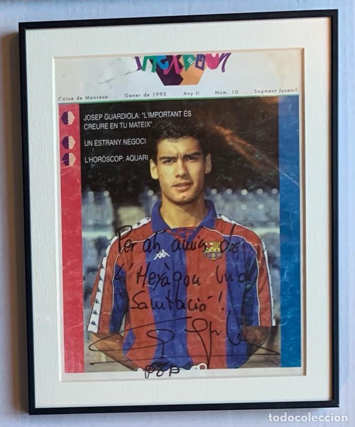 AUTOGRAFO Y DEDICATORIA DE PEP GUARDIOLA A LHEXÀGON, REVISTA DE CAIXA DE NANRESA, ENERO DE 1.993, (Coleccionismo Deportivo - Documentos de Deportes - Autógrafos)