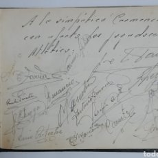 Coleccionismo deportivo: BLOC DE AUTÓGRAFOS CON LAS FIRMAS DE LOS JUGADORES DE ATHLETIC DE BILBAO DE 1953. Lote 269499198
